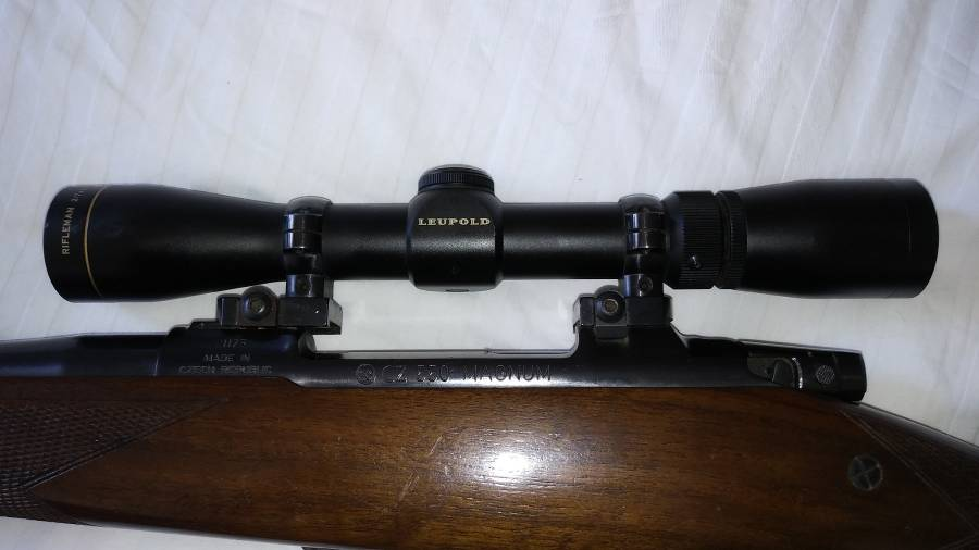 375 H&H MAG, RIFLE IN IMMACULATE CONDITION  2 STAGE TRIGGER,LEUPOLD